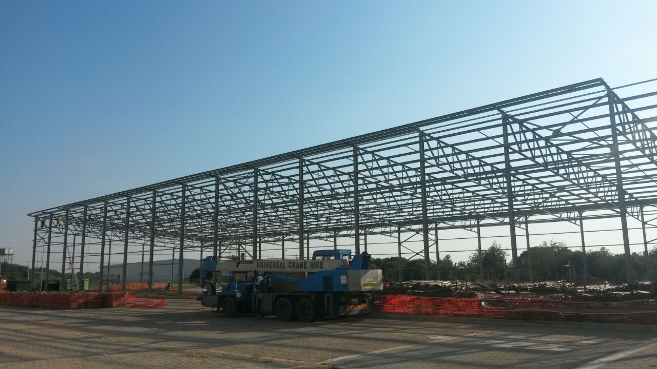 Steel Trusses and Roof Structure